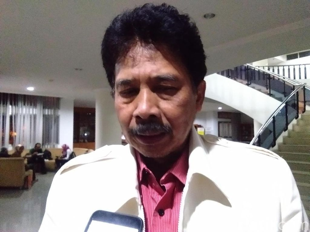 Soal Masjid Segitiga, Rektor UIN Yogya Bela Ridwan Kamil