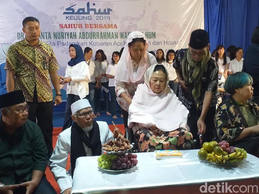 Ibu Sinta Nuriyah Gelar Sahur Bersama dengan Tokoh Lintas Agama di Gereja