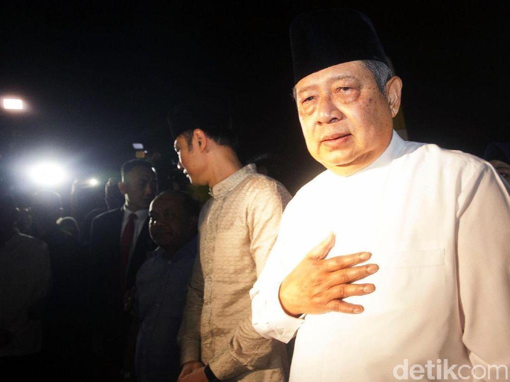 Ibunda SBY Wafat