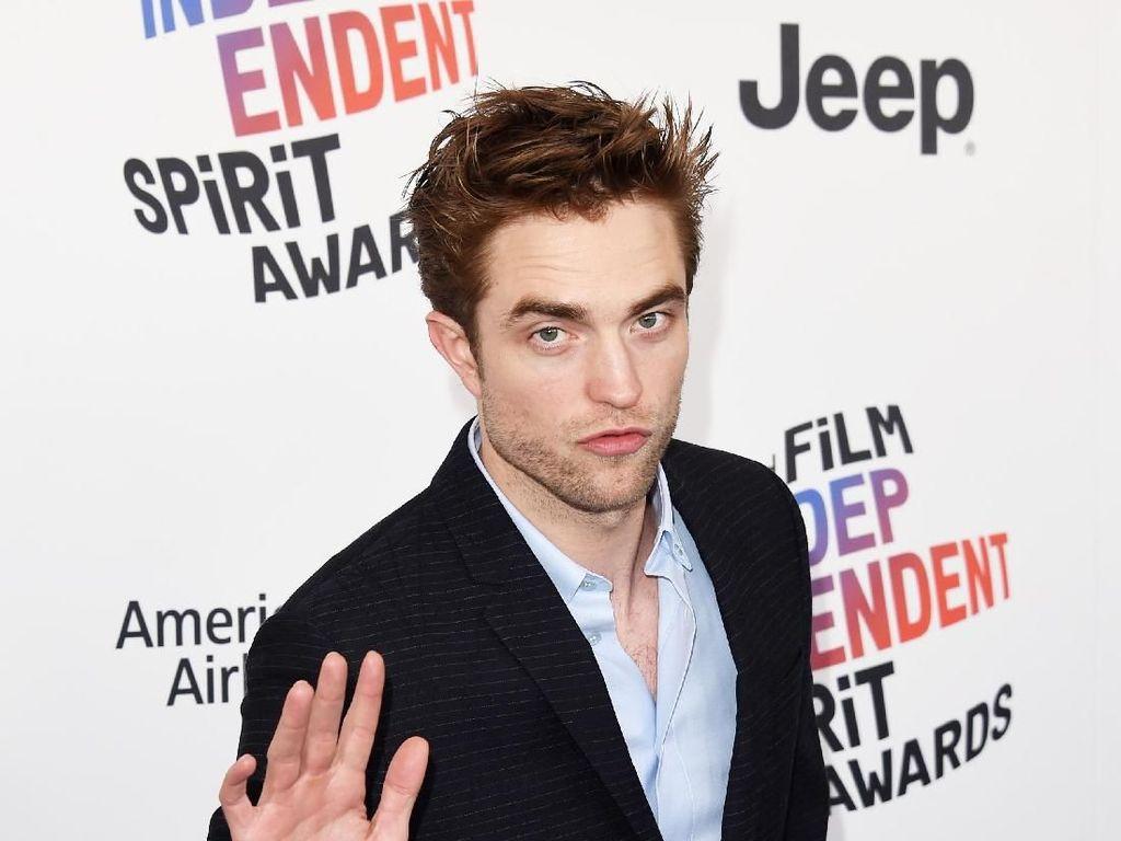 Tak Mau Peran Heroik, Apa Alasan Robert Pattinson Terima Batman?