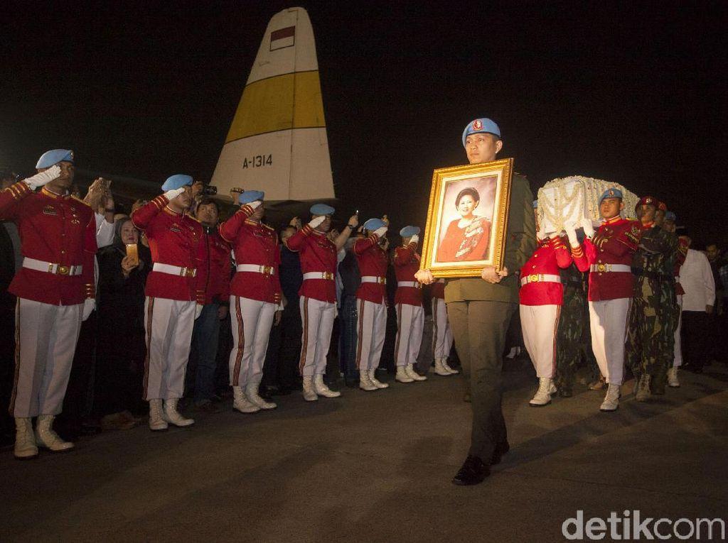 Alasan Kenapa Ani Yudhoyono Tak Jalani Transplantasi Sumsum Tulang