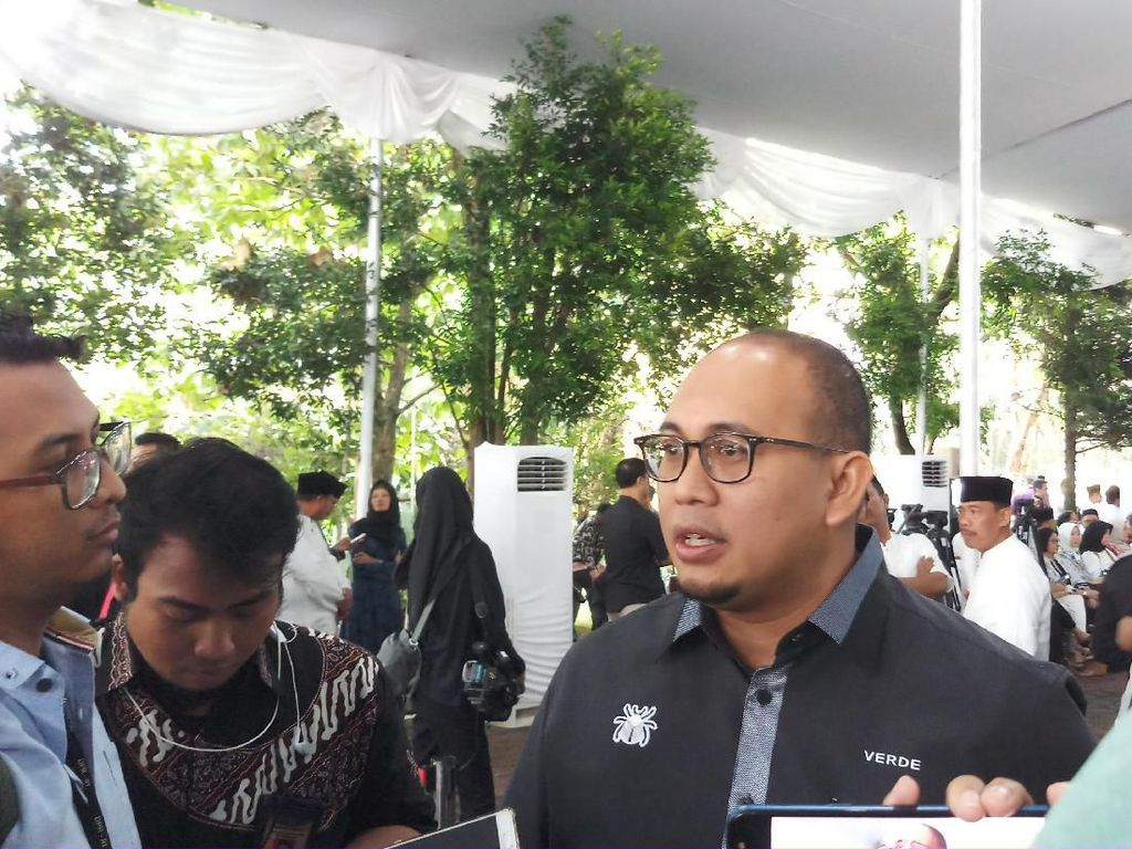 Masih di Luar Negeri, Prabowo-Sandi Tak Hadiri Pemakaman Ani Yudhoyono