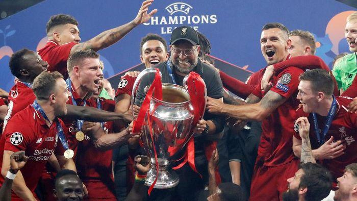 Juergen Klopp meminta Liverpool untuk segera melupakan euforia juara Liga Champions. (Foto: Carl Recine/Reuters)