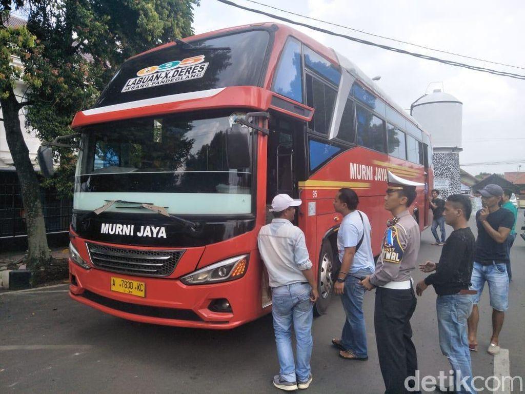Tarik Ongkos Seenaknya, Sopir-Kondektur Bus Murni Jaya Pandeglang Diamankan