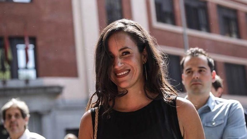 Potret Cantik Calon Walikota Madrid yang Mirip Meghan Markle