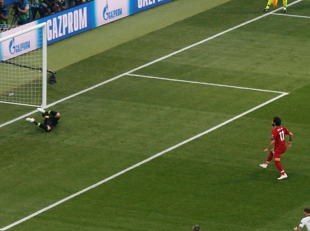 Bukan yang Tercepat di Final Liga Champions, Gol Salah Masih Kalah dari Maldini