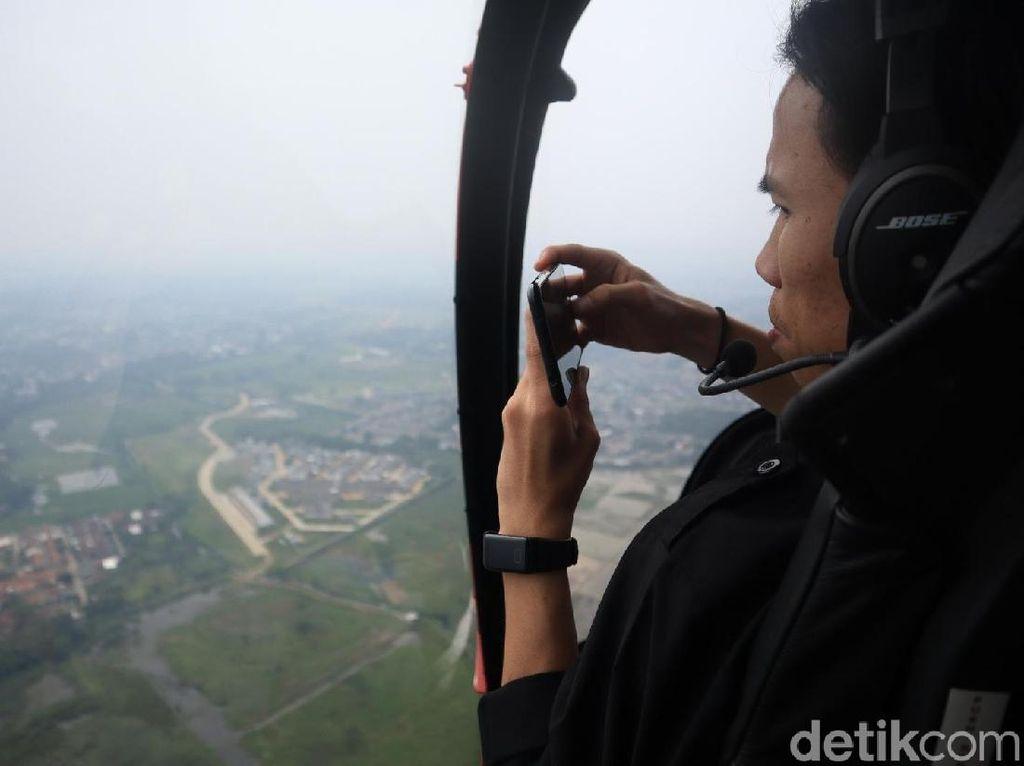 Foto: Wisata Naik Helikopter Keliling Jakarta