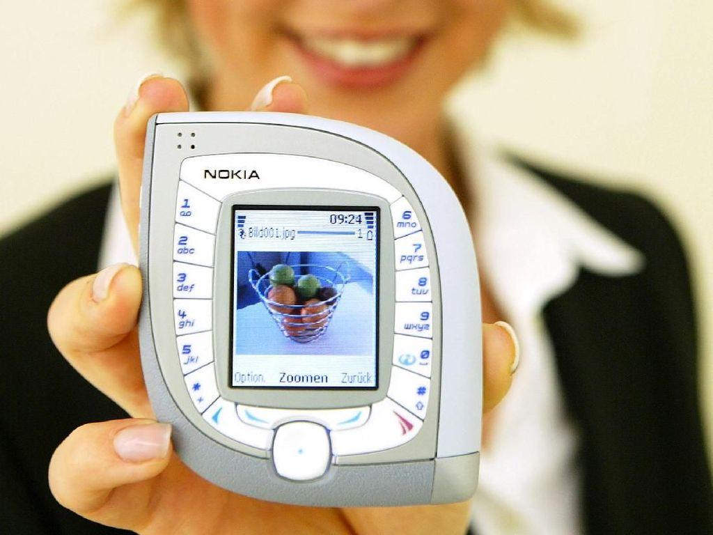 Momen Lebaran, Yuk Nostalgia HP Nokia Ketupat