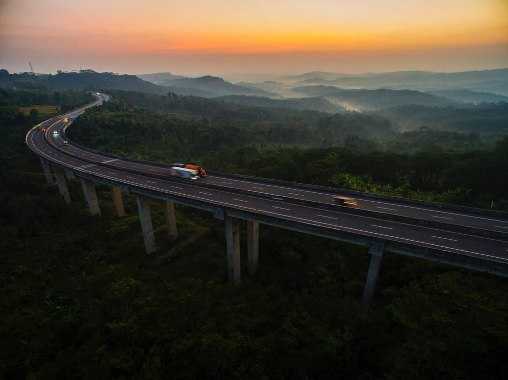 Siap-siap Sebentar Lagi Tarif Tol Trans Jawa Naik
