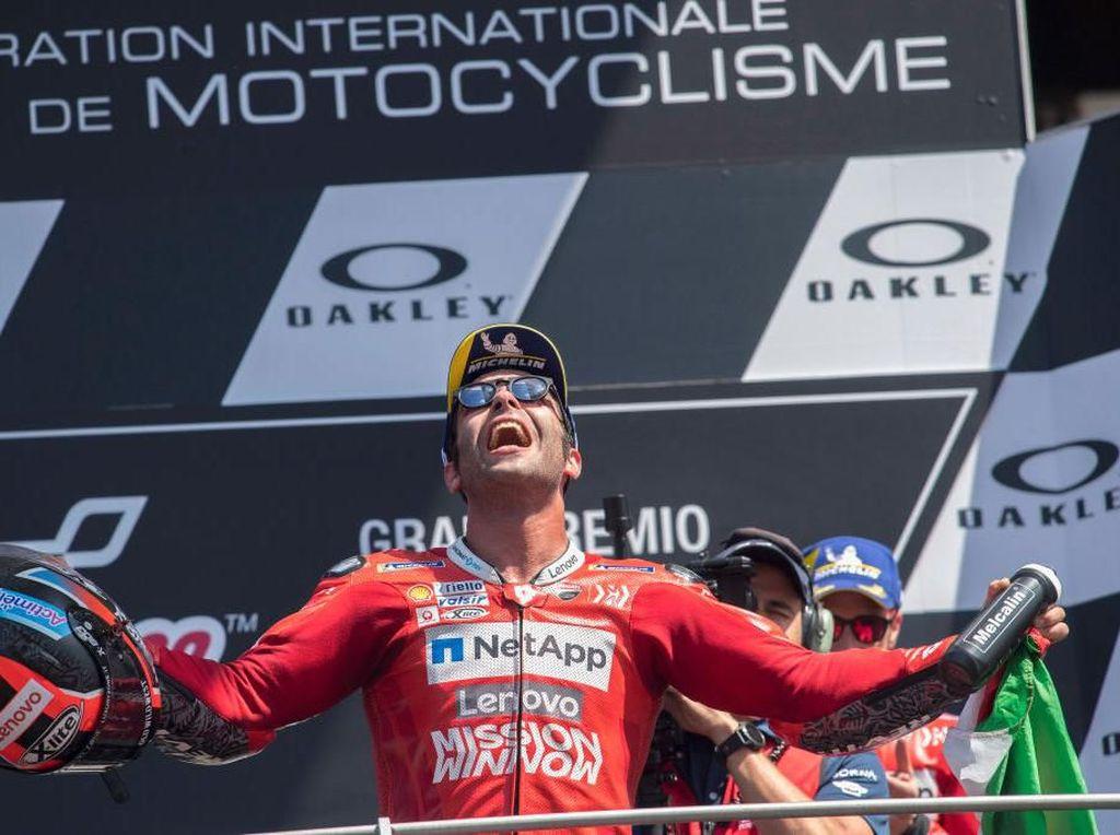 Kemenangan Emosional Petrucci Didedikasikan untuk Dovizioso