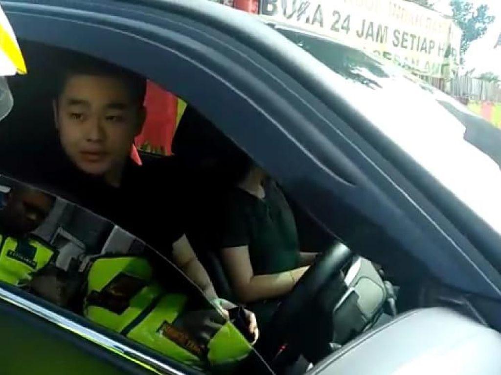 Kevin Bawa Fortuner Pelat-STNK Polri Palsu, Polisi Dalami Unsur Pidana