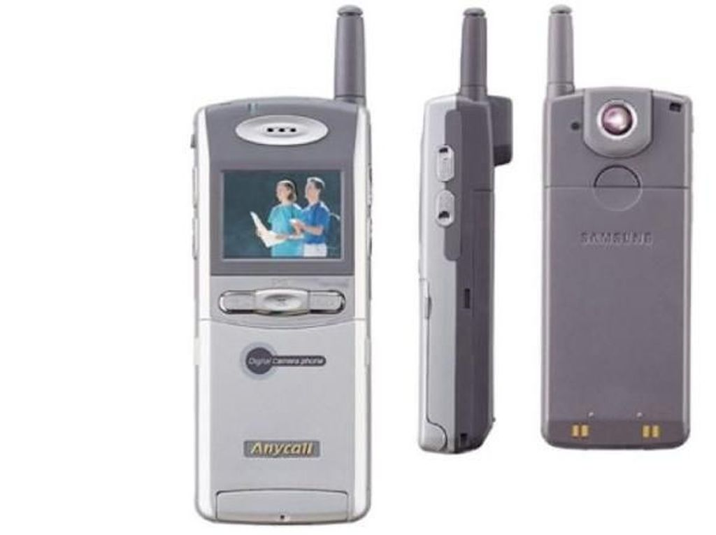 19 Tahun Lalu, Samsung Rilis Ponsel Kamera Perdananya
