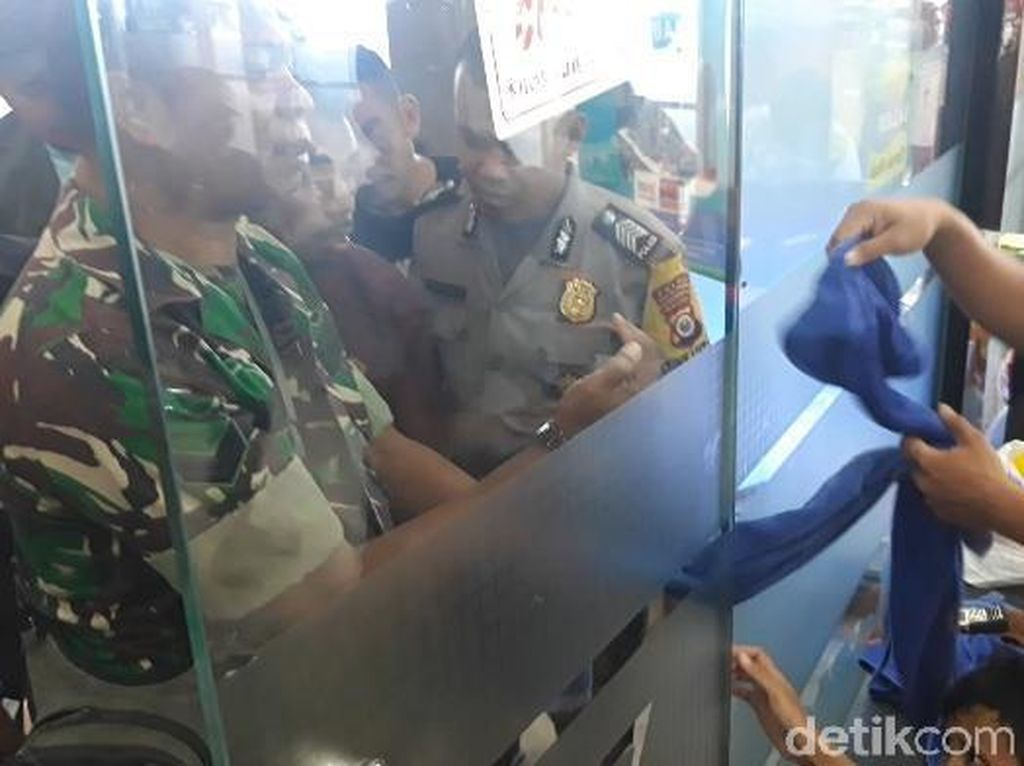 Jari Bocah Terjepit Pintu di Mal Ambon, Pengunjung Histeris