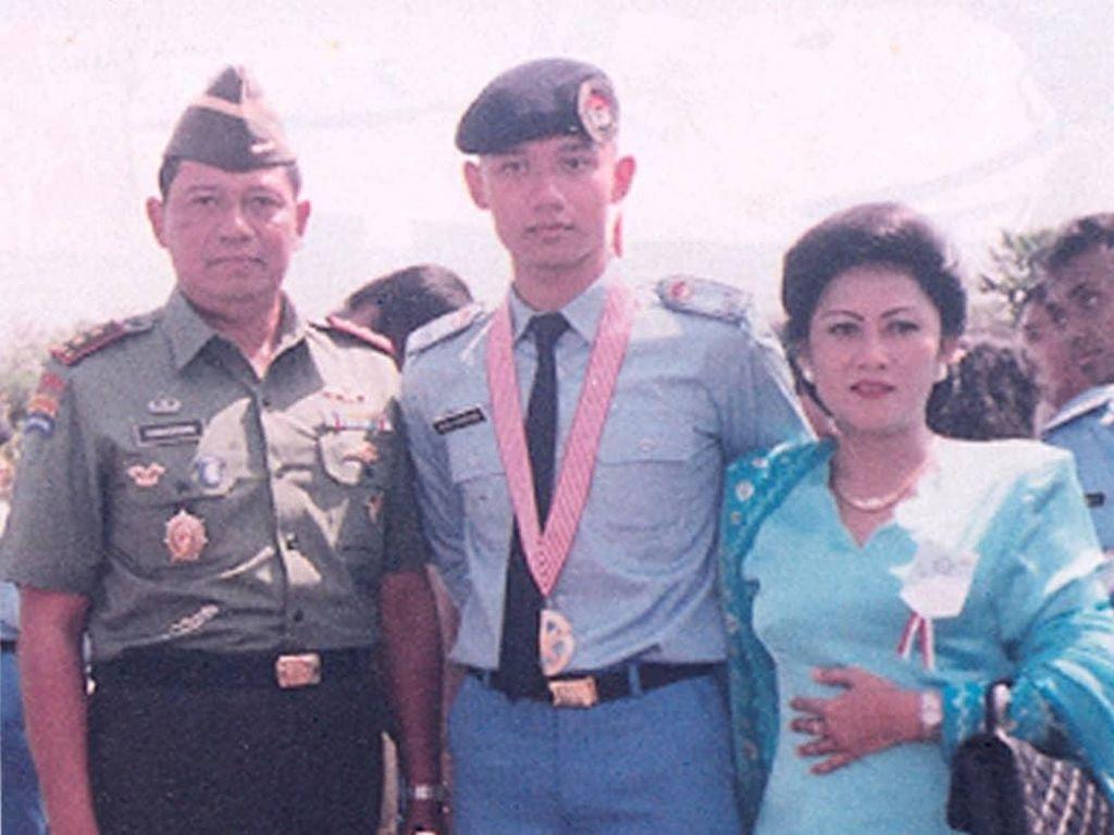 Agus Yudhoyono Kenang Ibu Ani saat Melepasnya Tempuh Pendidikan