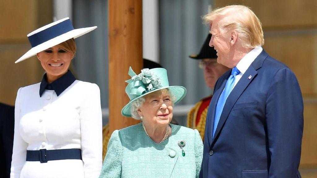 Bertemu Ratu Elizabeth II, Gaya Melania Trump Disebut Mirip Putri Diana