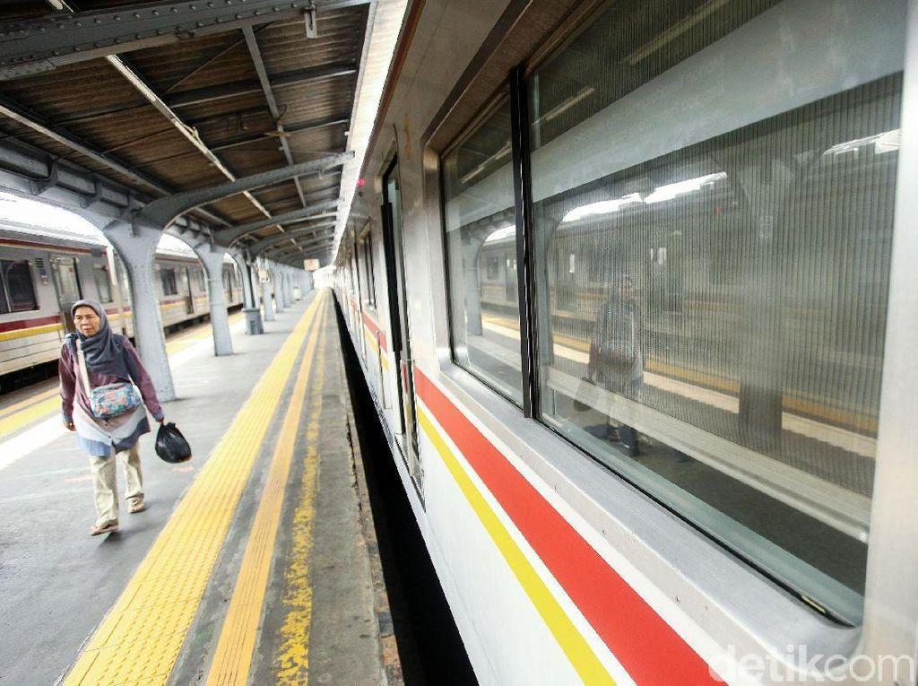 Naik GrabBike dari dan ke Stasiun Cuma Rp 3.000, Lho!
