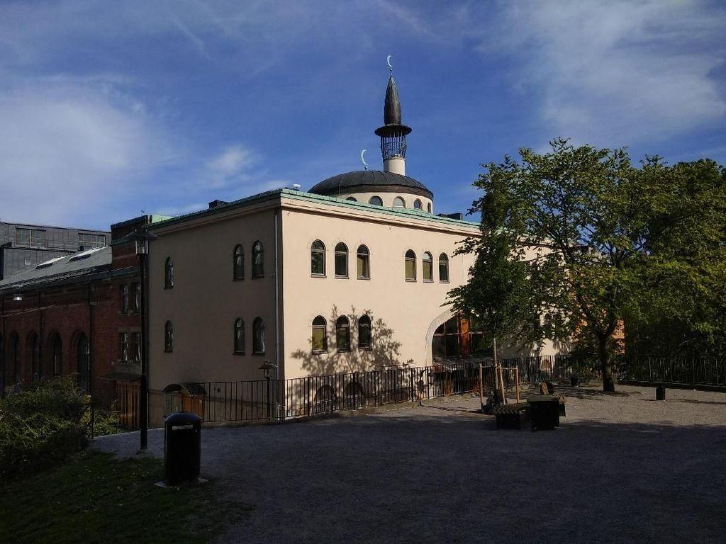 Mencari Lailatul Qadar di Stockholm