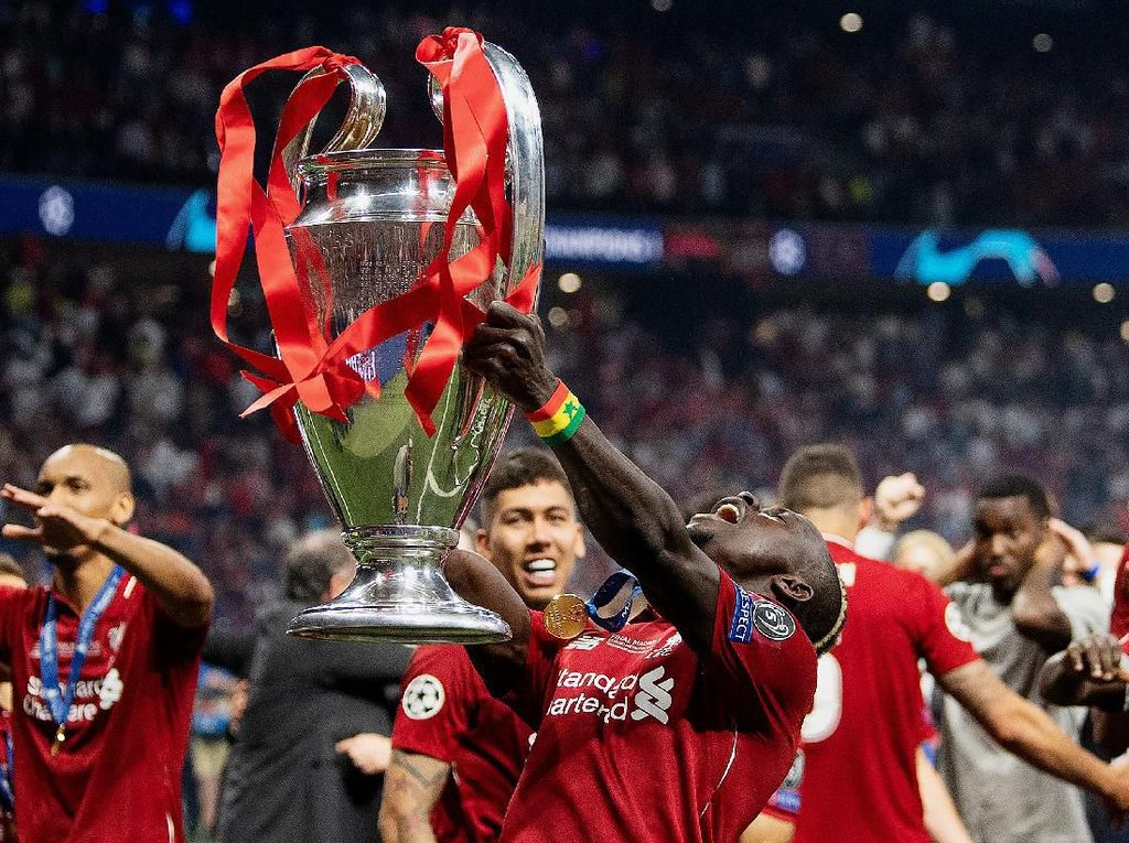 Juara Liga Champions, Liverpool Samai 42 Trofi Manchester United