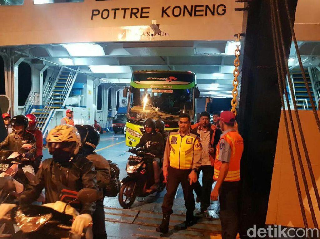 Pengamanan Pelabuhan Ketapang DIpertebal Pasca-Bom Bunuh Diri di Sukoharjo
