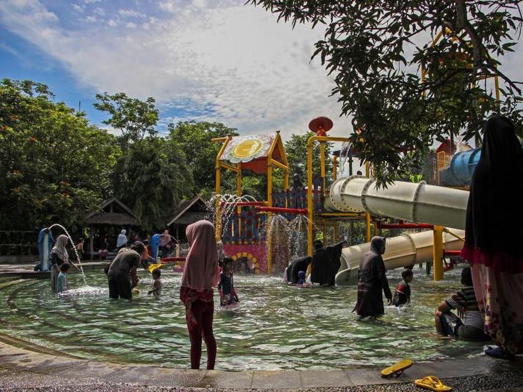Serunya Main Air di Bugis Waterpark Makassar