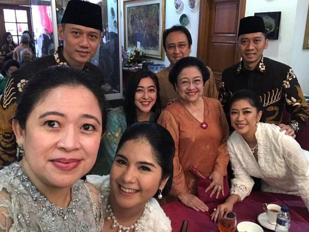 Soal Momen Kikuk Salaman Megawati-AHY, Demokrat: Semua Baik-baik Saja