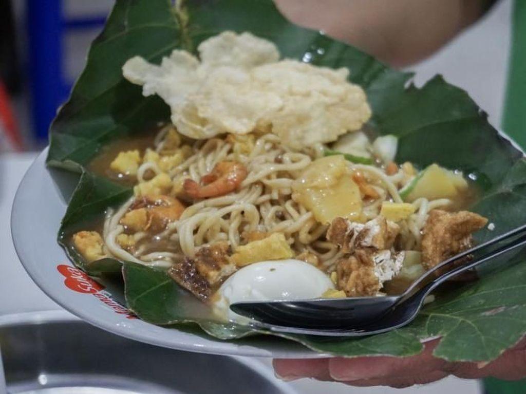 Wisata Kuliner Belitung, Mie Atep Langganan Para Artis