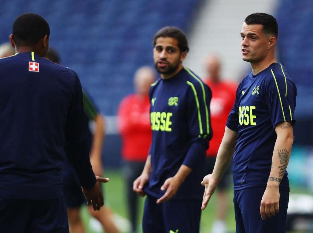 Gagal Redam Hazard, Xhaka Ingin Atasi Ronaldo di UEFA Nations League