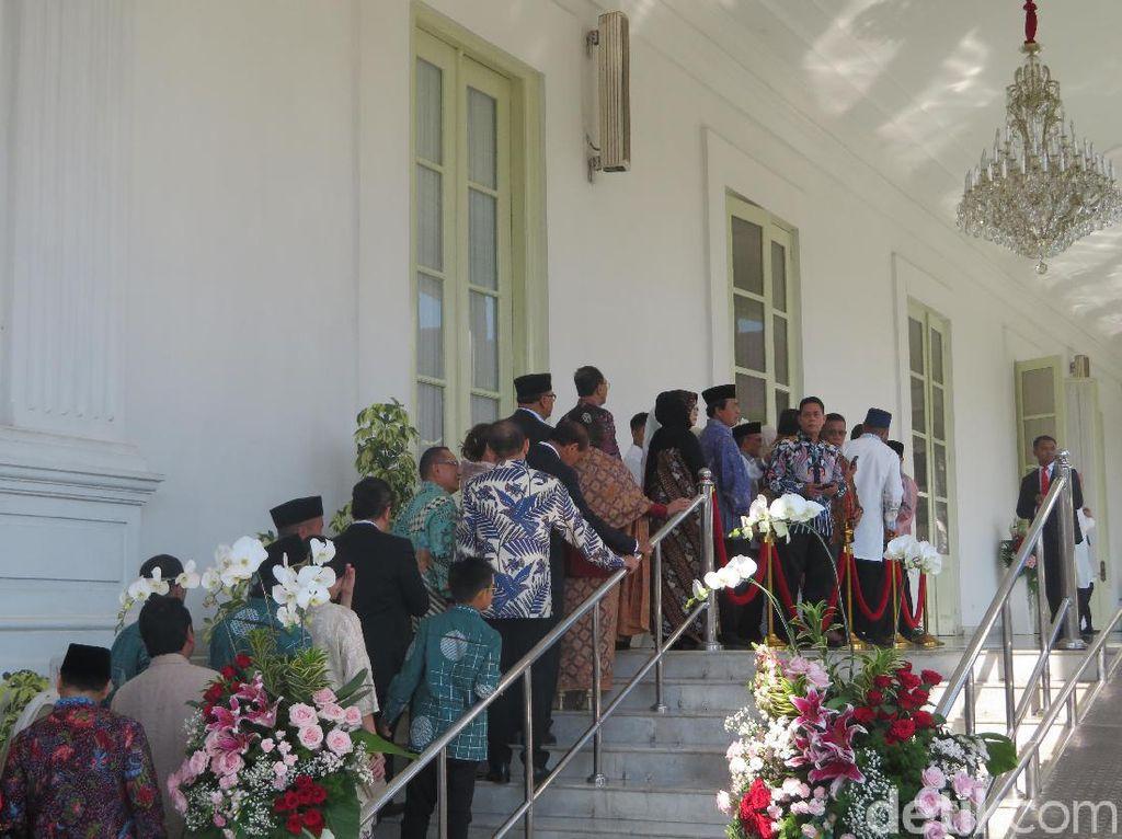 Zulkifli Hasan, Bamsoet hingga OSO Hadiri Open House Jokowi di Istana