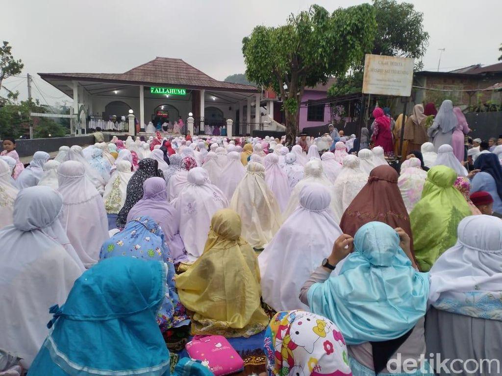 Jemaah Aboge di Jawa Tengah Baru Merayakan Lebaran Hari Ini