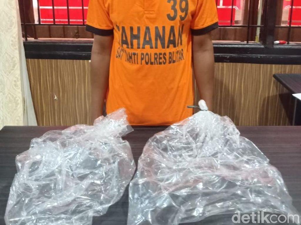 Satu Pembuat Kantong Plastik Petasan yang Rusak Pondok dan Musala Ditangkap