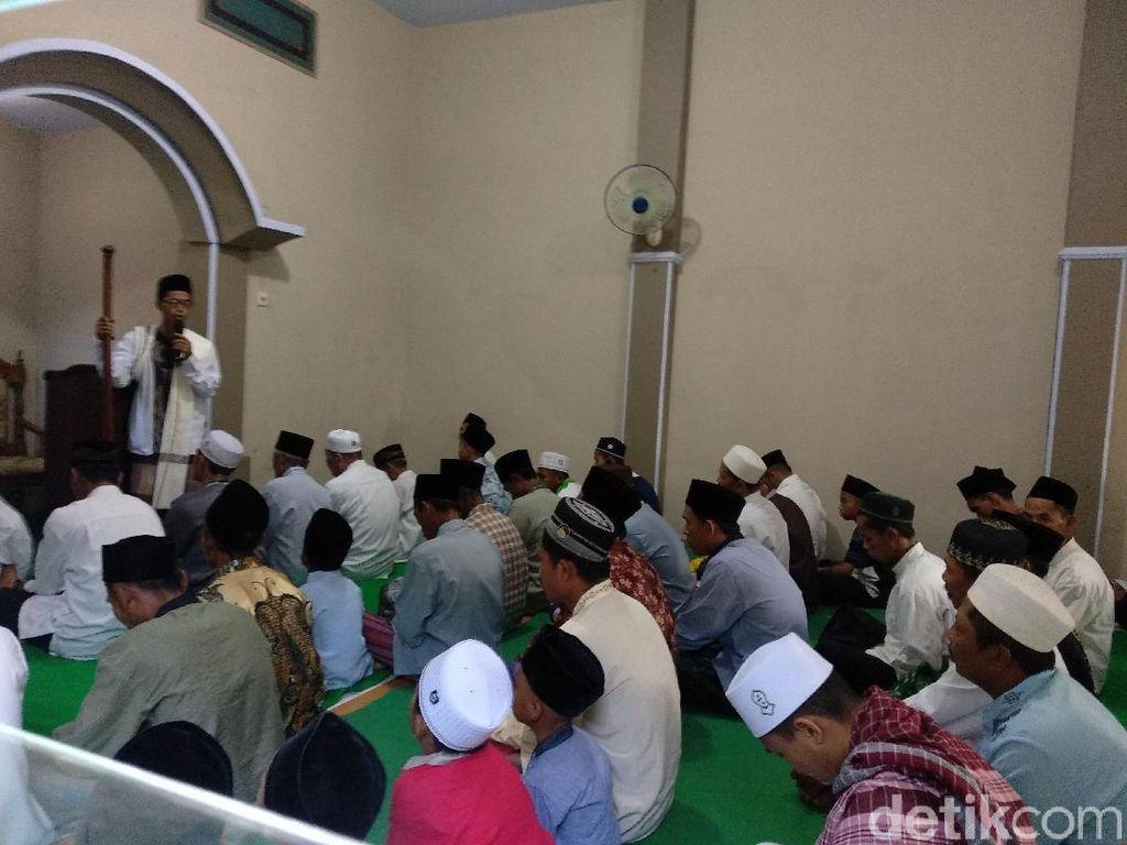 Jemaah Aboge di Probolinggo Lebaran Hari ini
