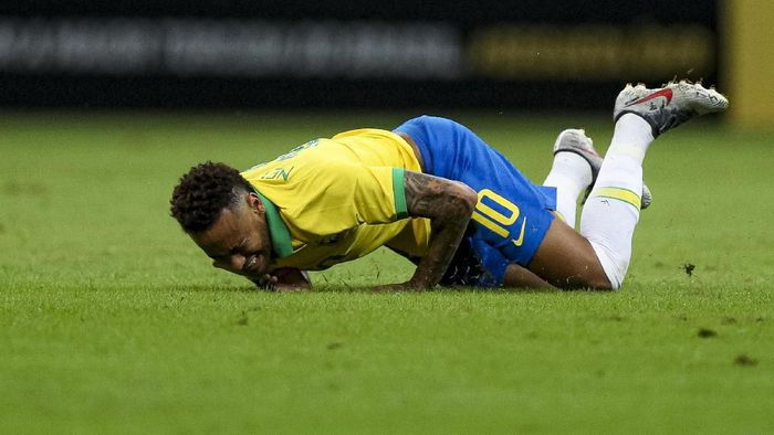 Neymar cedera terus, kenapa? (Buda Mendes/Getty Images)