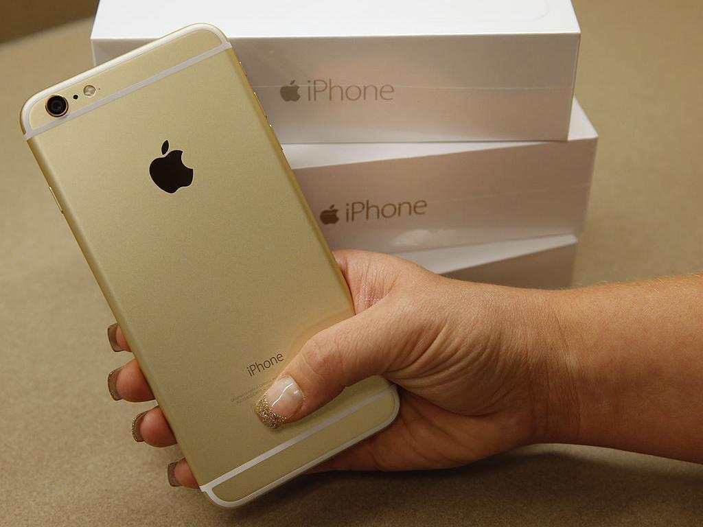 Apple Ancang-ancang Pindahkan Produksi iPhone dari China