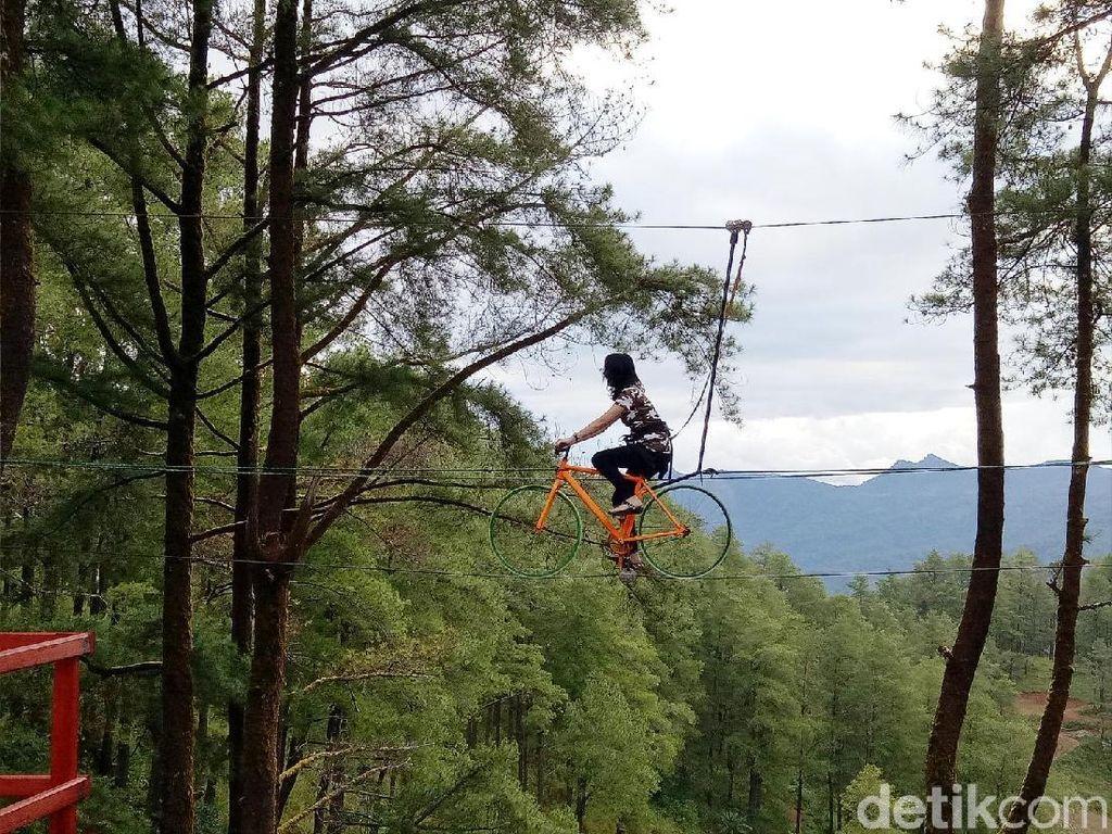 Foto: Sepeda Terbang dari Sulawesi Selatan