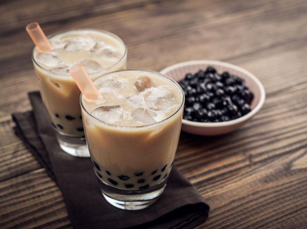 Sering Minum Bubble Tea, Puluhan Bola Tapioka Bersarang di Usus Remaja Ini