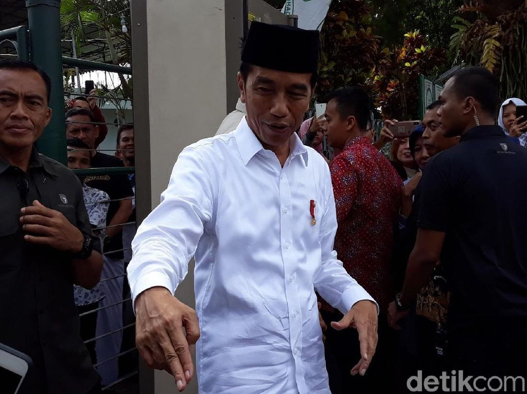 Setujukah Anda Jokowi Beri Amnesti buat Baiq Nuril?