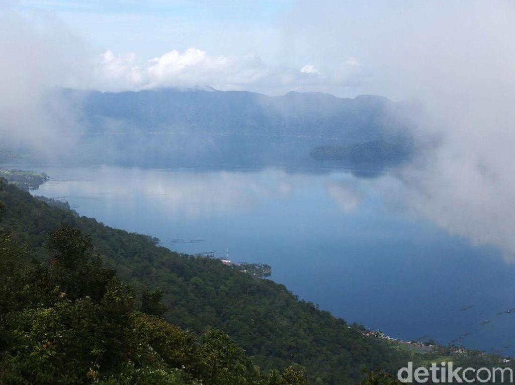 Kumpulan Negeri di Atas Awan Kebanggaan Indonesia