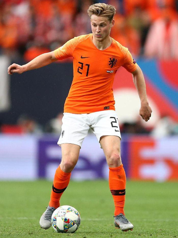 Frenkie De Jong tampil apik saat Belanda mengalahkan Inggris 3-1 di semifinal UEFA Nations League, Jumat (7/6/2019) dini hari WIB. (Foto: Jan Kruger/Getty Images)