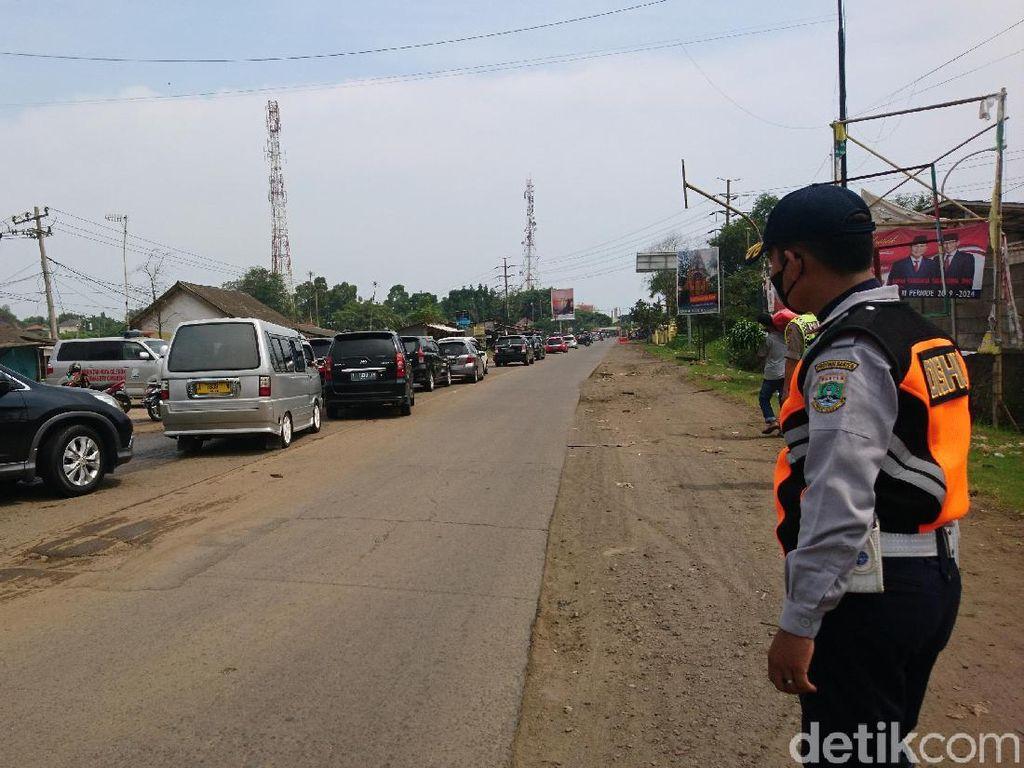 Polisi Siapkan Rekayasa Lalin ke Anyer Saat Puncak Libur Cuti Bersama