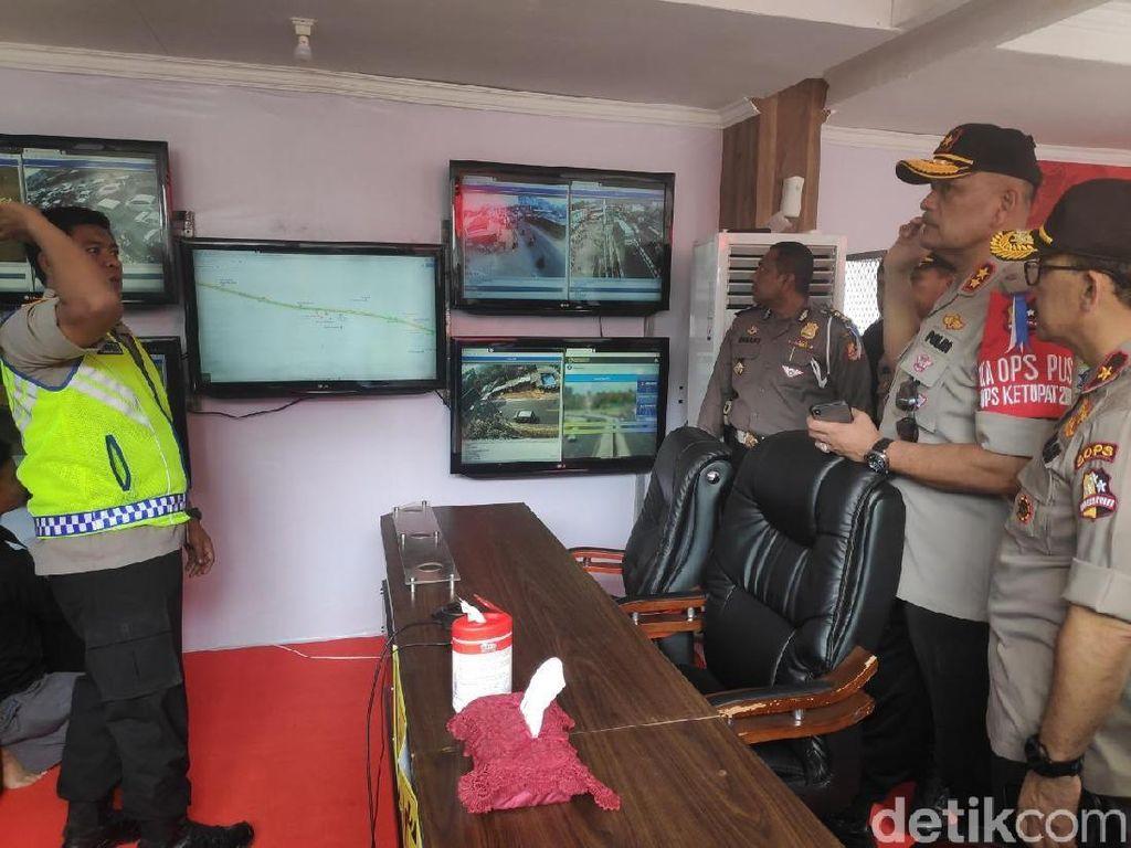 Pantau Arus Balik di Nagreg, Kakorlantas Soroti Keberadaan Pasar-Rel Kereta