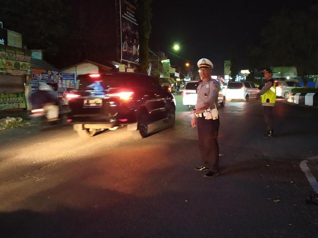 Urai Macet, Polisi Terapkan One Way dari Garut Hingga Nagreg