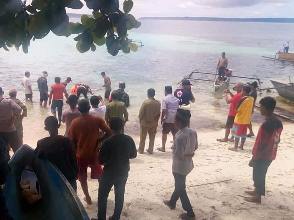1 Jenazah Diduga Penumpang KM Lintas Timur yang Karam Dievakuasi