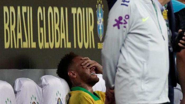 Neymar hanya absen empat pekan usai cedera ligamen engkel (REUTERS/Ueslei Marcelino)