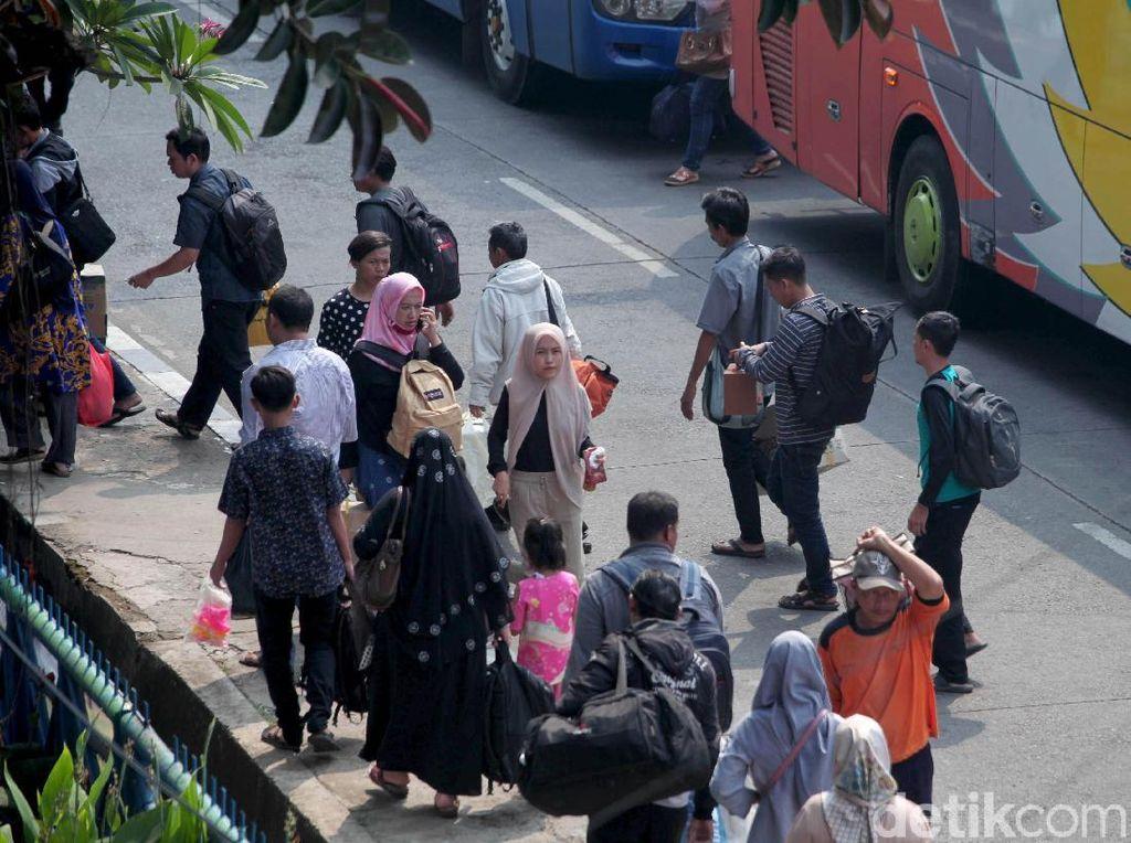 Dukcapil DKI: 35 Ribu Penduduk Non-Permanen Masuk Jakarta Usai Lebaran