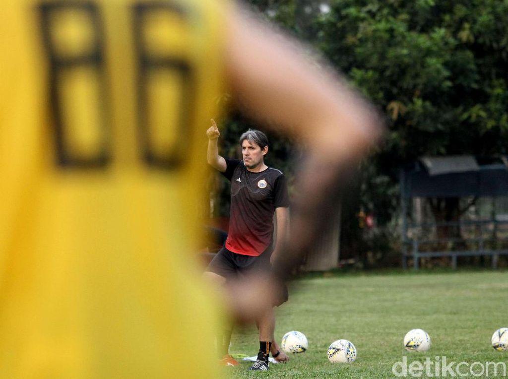 Harapan-harapan Pemain Persija kepada Julio Banuelos
