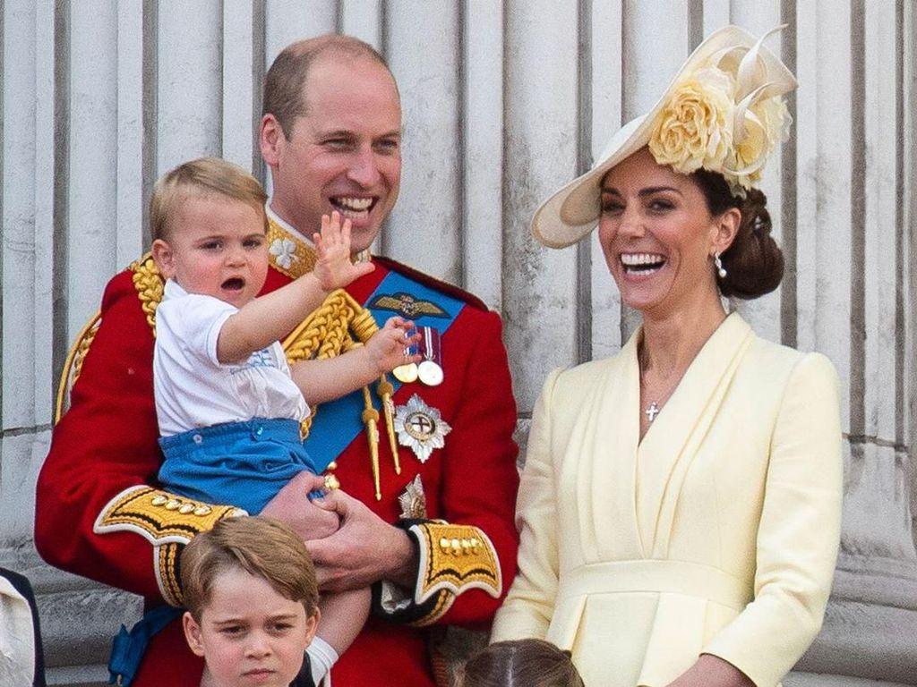 Tepuk Tangan, Anak William-Kate Middleton Semangati Staf Medis Lawan Corona