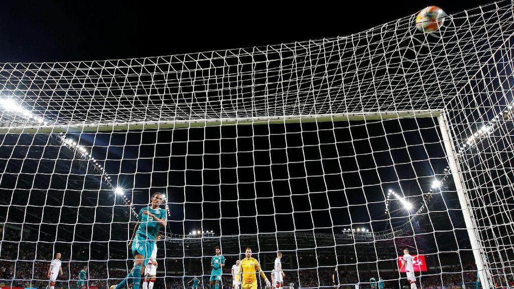 Jerman Kalahkan Belarusia 2-0