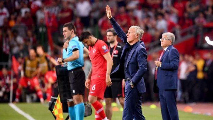 Didier Deschamps kecewa berat dengan kekalahan timnas Prancis dari Turki 0-2/ (Frank Fife/AFP)