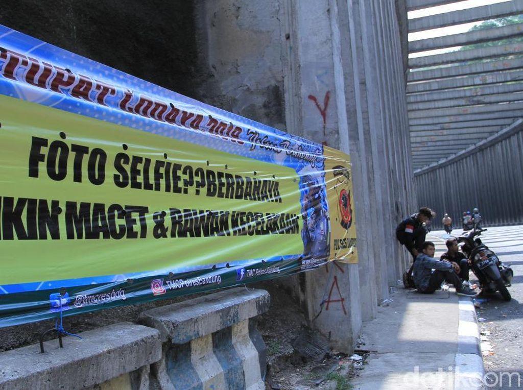 Bikin Macet, Pengendara Dilarang Swafoto di Terowongan Lingkar Nagreg
