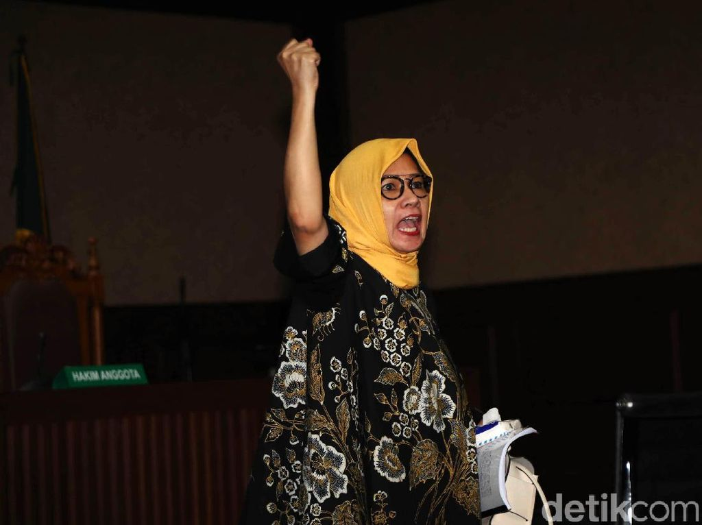 Dissenting Opinion! Hakim Ini Sebut Karen Agustiawan Tidak Korupsi